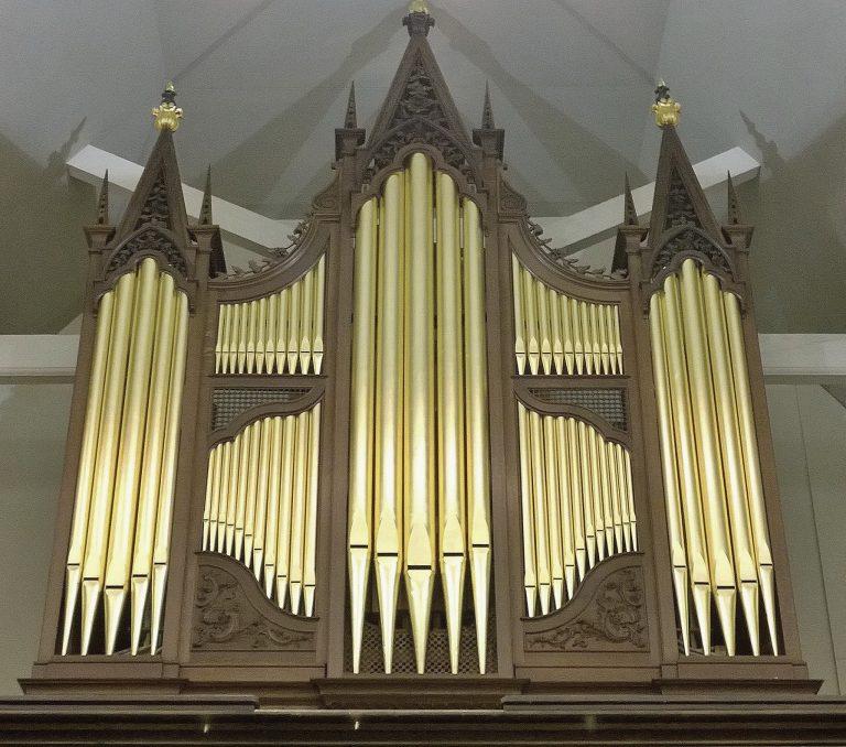 George England organ case, in Dulwich, London, restored by Laurent Robert Woodcarver