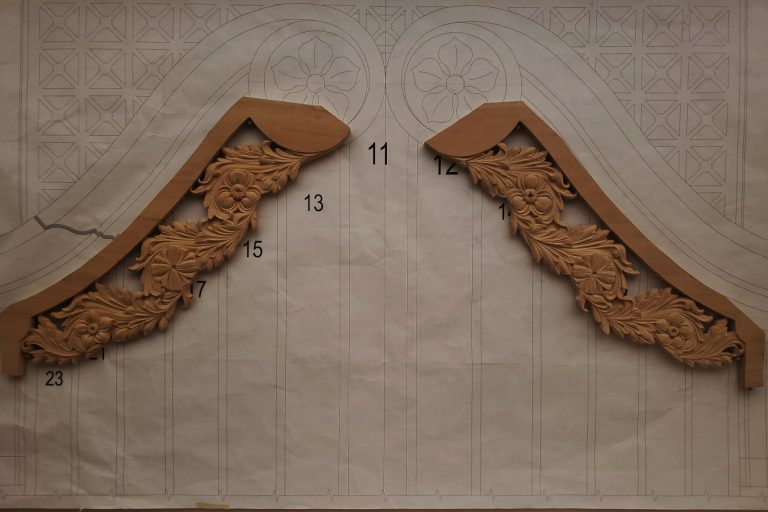 pipe organ sculptures for bruton church in williamsburg including pipe shades carving by laurent robert