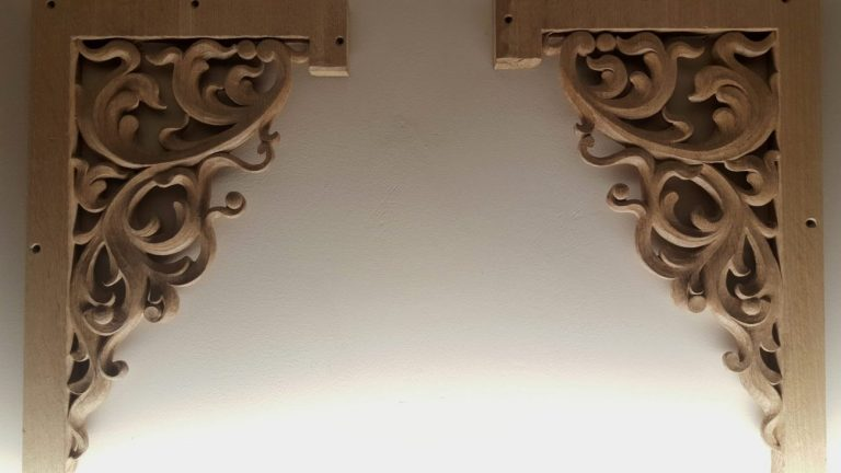 Top flat pipe shades carvings in oak for pipe organ with openwork inspired from Gothic flamboyant period